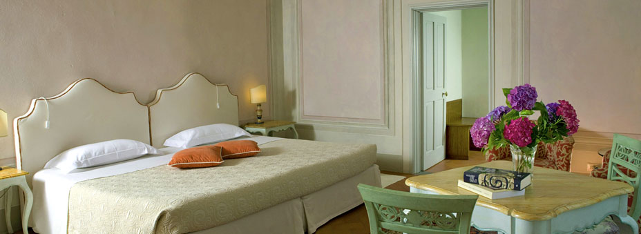 Luxury Apartment - Suite Locanda dell'Amorosa Tuscany, Italy